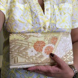 Handbags - Traditional Jacquard Floral Brocade Clutch